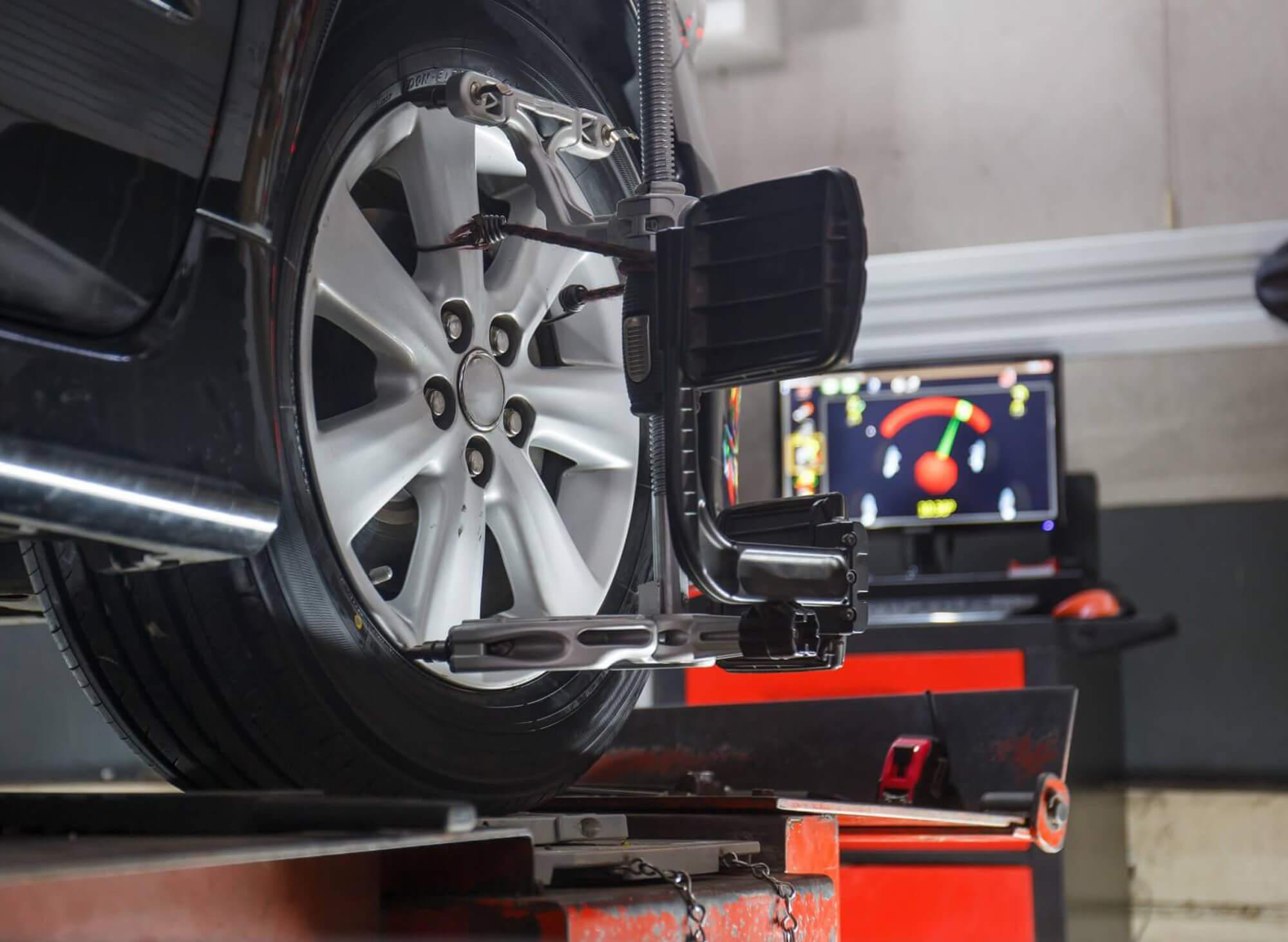 Kosten uitlijnen auto
